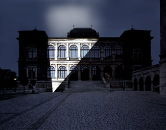 Gunda Foerster, LIGHTNING, spotlights, Neues Museum Weimar | permanent piece since 1999_7