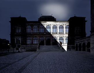 Gunda Foerster, LIGHTNING, spotlights, Neues Museum Weimar | permanent piece since 1999_6
