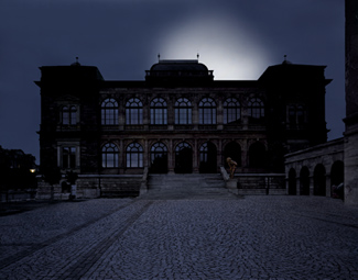 Gunda Foerster, LIGHTNING, spotlights, Neues Museum Weimar | permanent piece since 1999_4