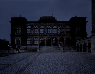 Gunda Foerster, LIGHTNING, spotlights, Neues Museum Weimar | permanent piece since 1999_1