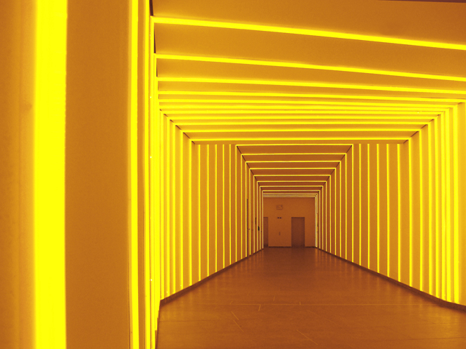 Gunda Foerster, Tunnel # 2, LED, 2012_1