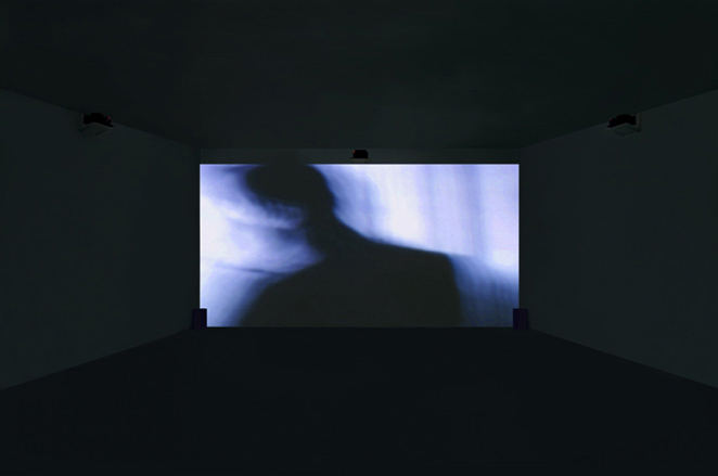 Gunda Foerster, BLACK-OUT-WHITE (Exposure), slide projection + sound, 2000_2
