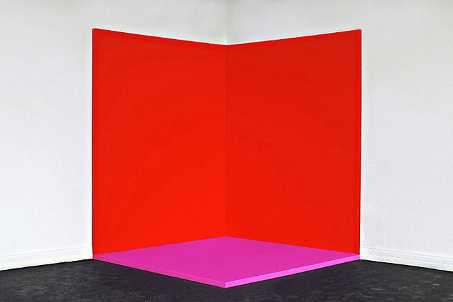 Gunda Forster, Red-Pink-Red (corner), three parts, Red 230 x 185 x 4,6 cm each | Pink 185 x 185 x 4,6 cm | Oil / Canvas, 1993