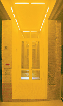 Gunda Forster, 5 PASSAGES, fluorescent lamps, Sophie-Gips-Höfe, Berlin | permanent piece since 1997_5